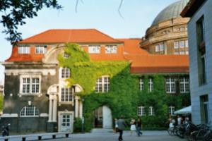 hamburg-university-2005-05_0